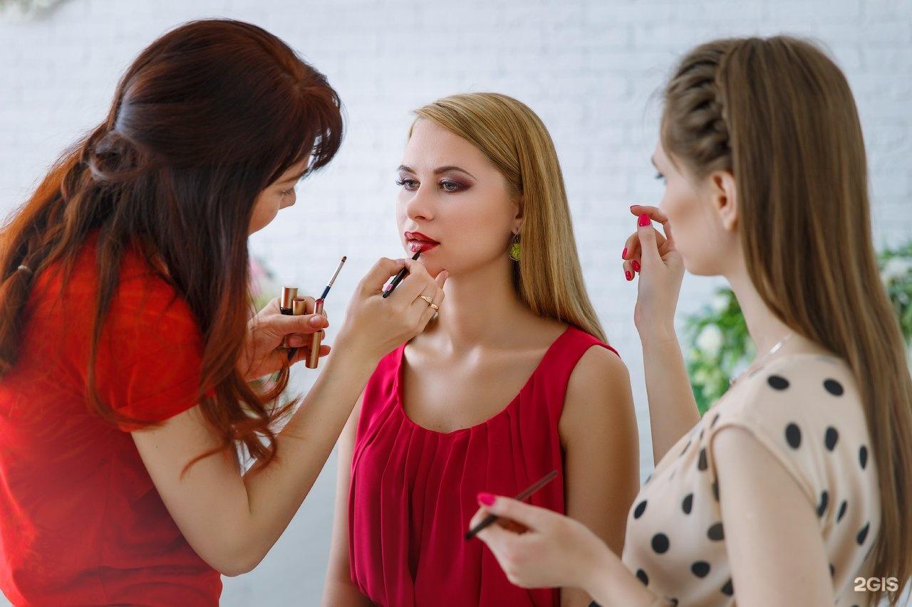 Прически макияж в школу
