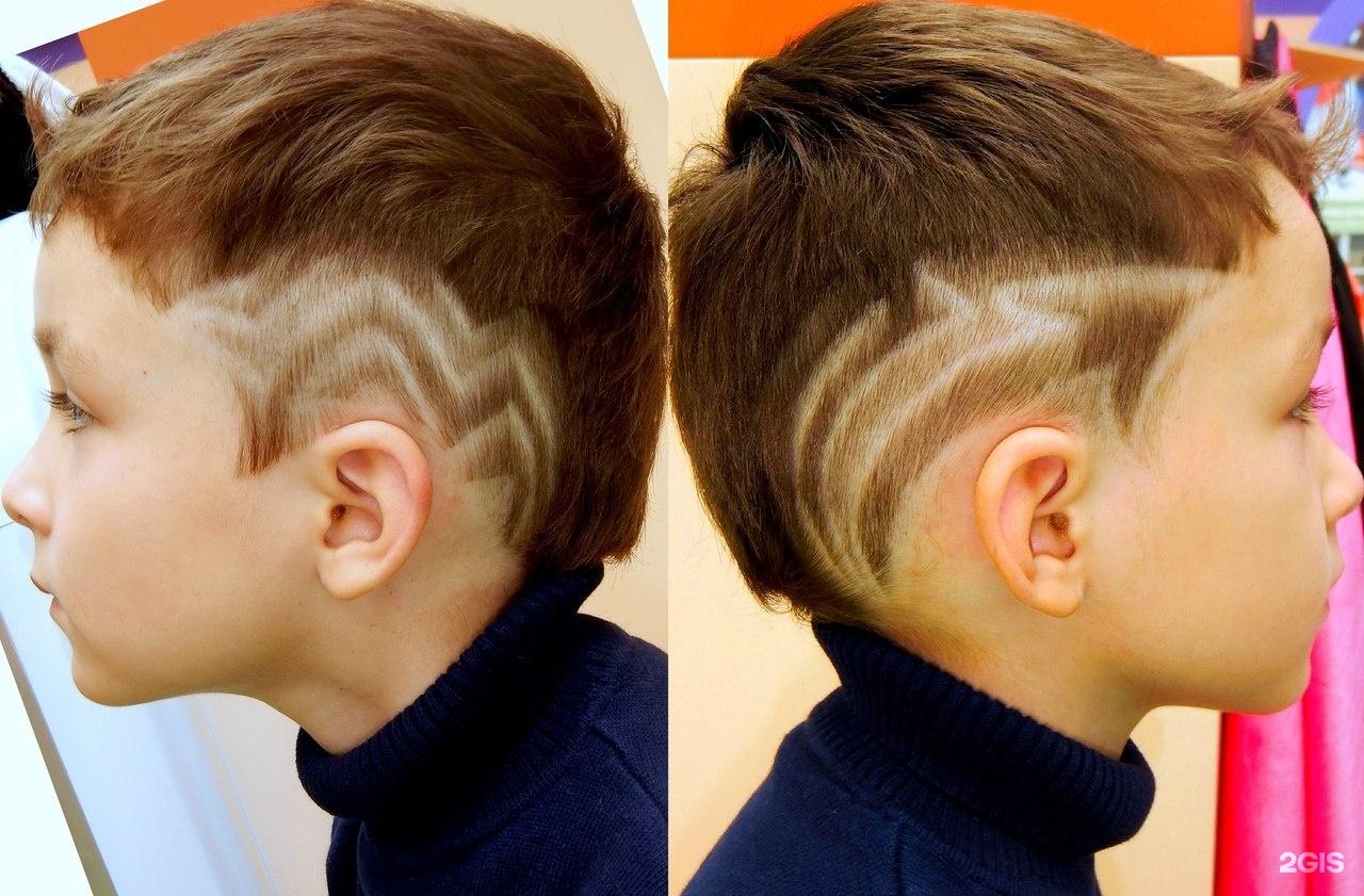 Выбривание рисунков на голове - прически с полосками 47