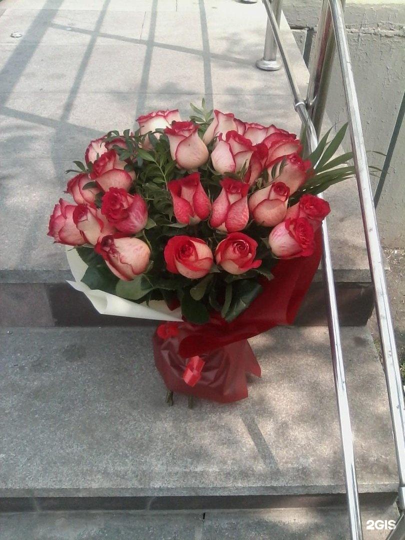 Букет цветов, склад магазин цветов мегафлора